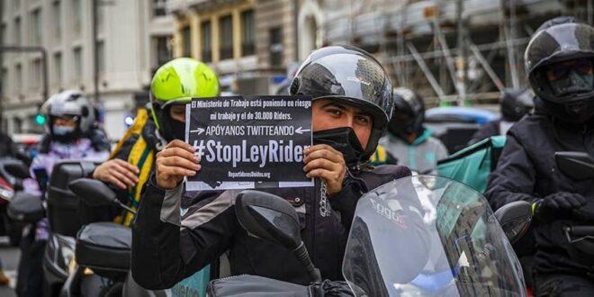 repartidores protestan contra Ley Rider